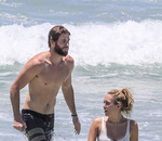 Пляжные фото Майли Сайрус и и Лиама Хемсворта