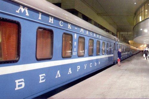 Белорусы начали массово эмигрировать вРоссию - «Белоруссия»