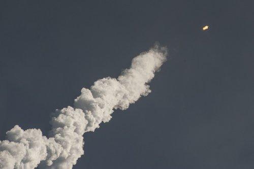 СМИ: ПВО Сирии перехватили ракеты, выпущенные Израилем по району Эль-Кисва под Дамаском - «Политика»