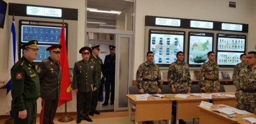 ВУзбекистан прибыла делегация ЦВО России - «Россия»
