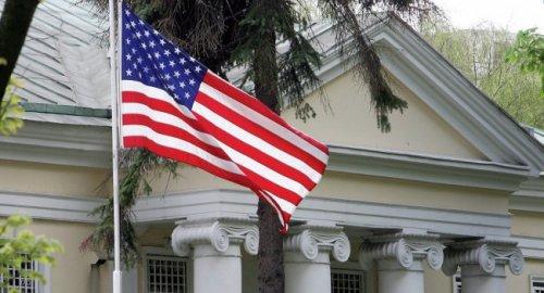 Минск официально отменил ограничения начисло сотрудников посольства США - «Политика»